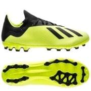 the latest 8d493 f31d1 Adidas fodboldstøvler - spil i Messis foretrukne fodboldstøv