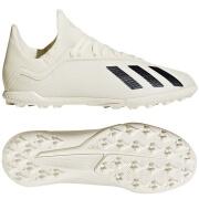 the latest 4593a 429e2 Adidas fodboldstøvler - spil i Messis foretrukne fodboldstøv