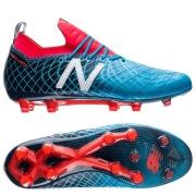 Fodboldstøvler til alle børn, voksne, mænd, kvinder. Til